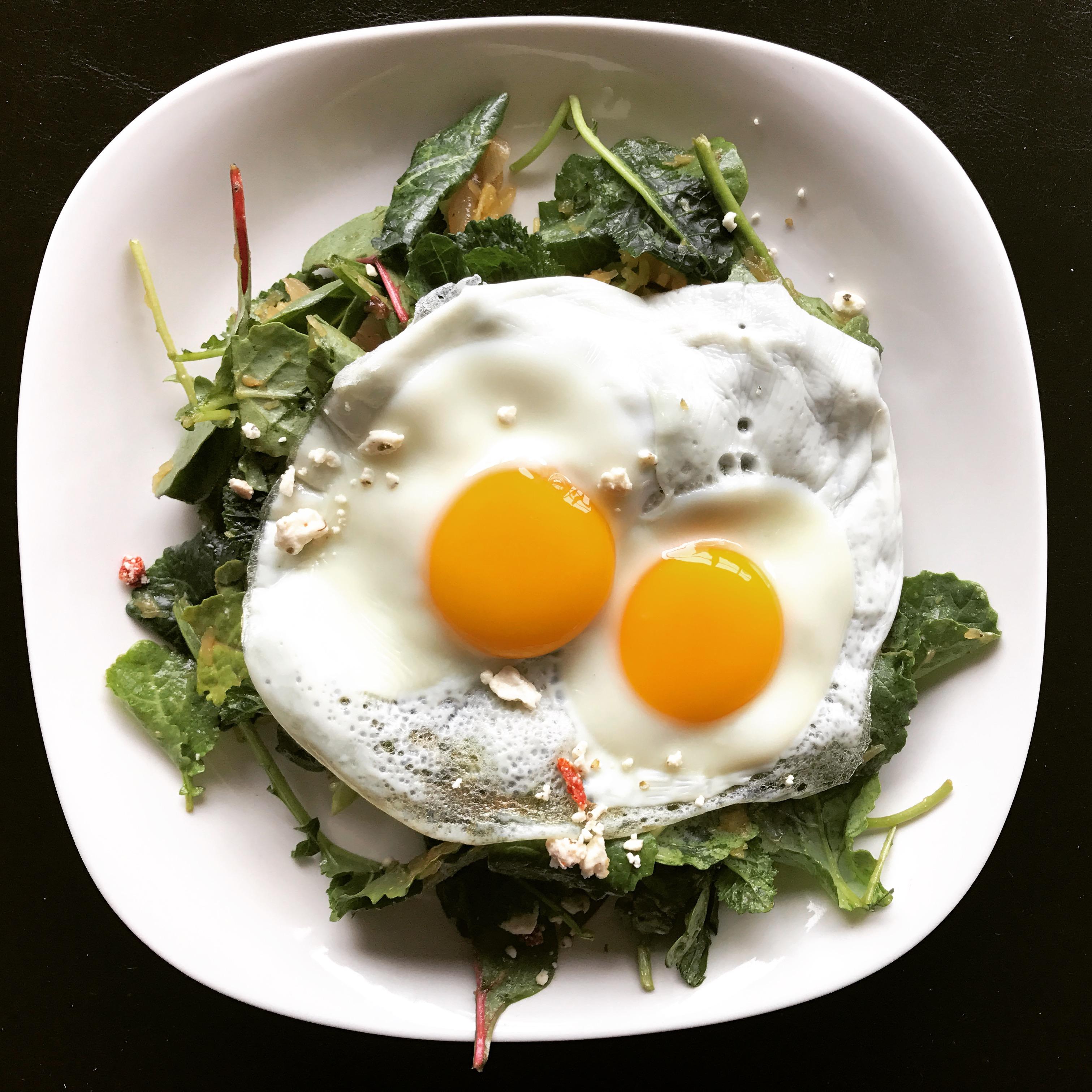 Super-Simple Breakfast Salad