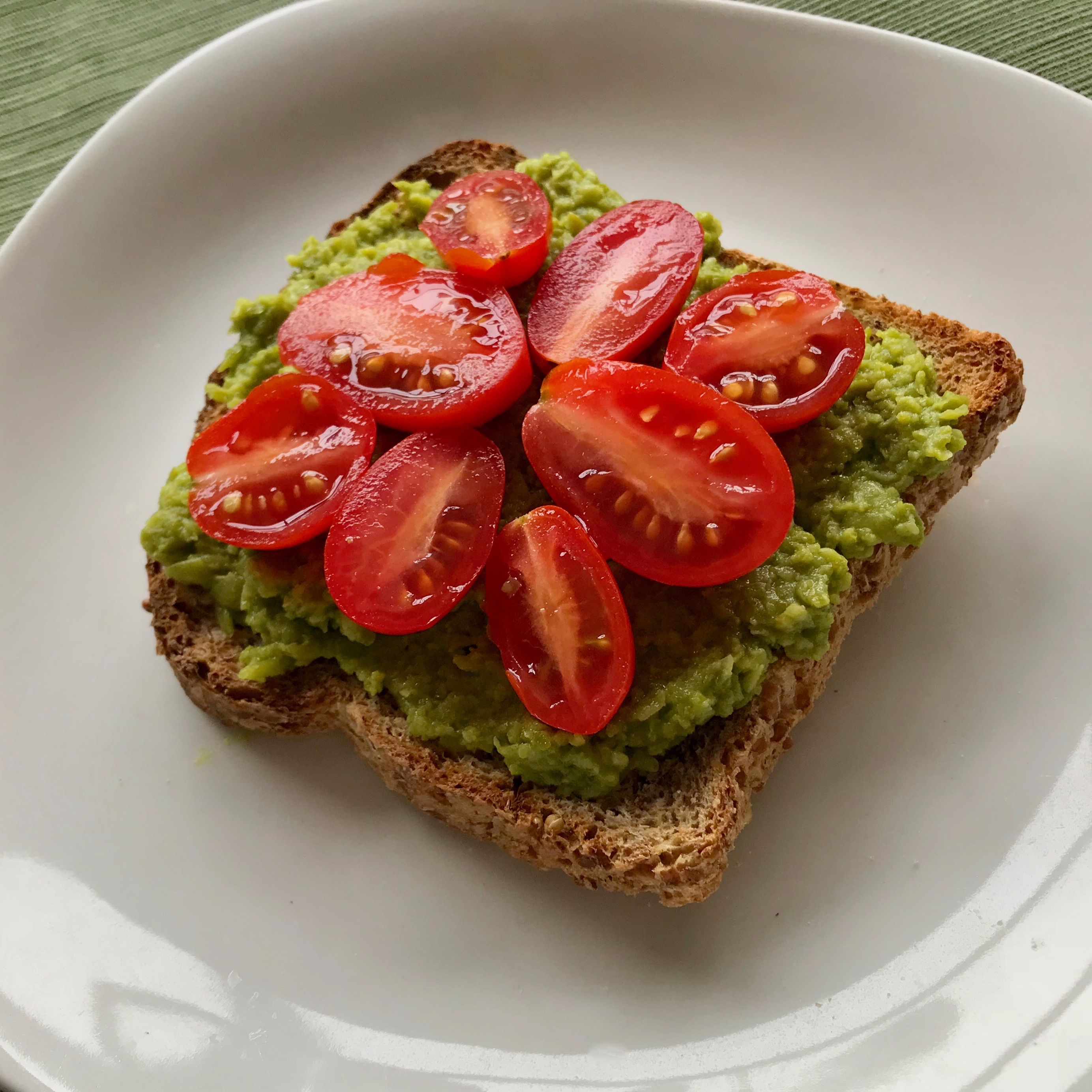 Easy Green Pea Pesto Spread