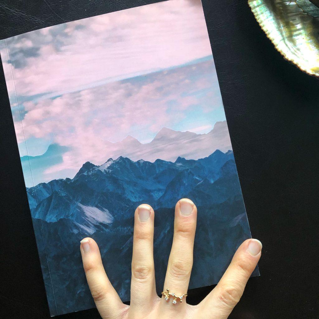 journal-hand-close-up