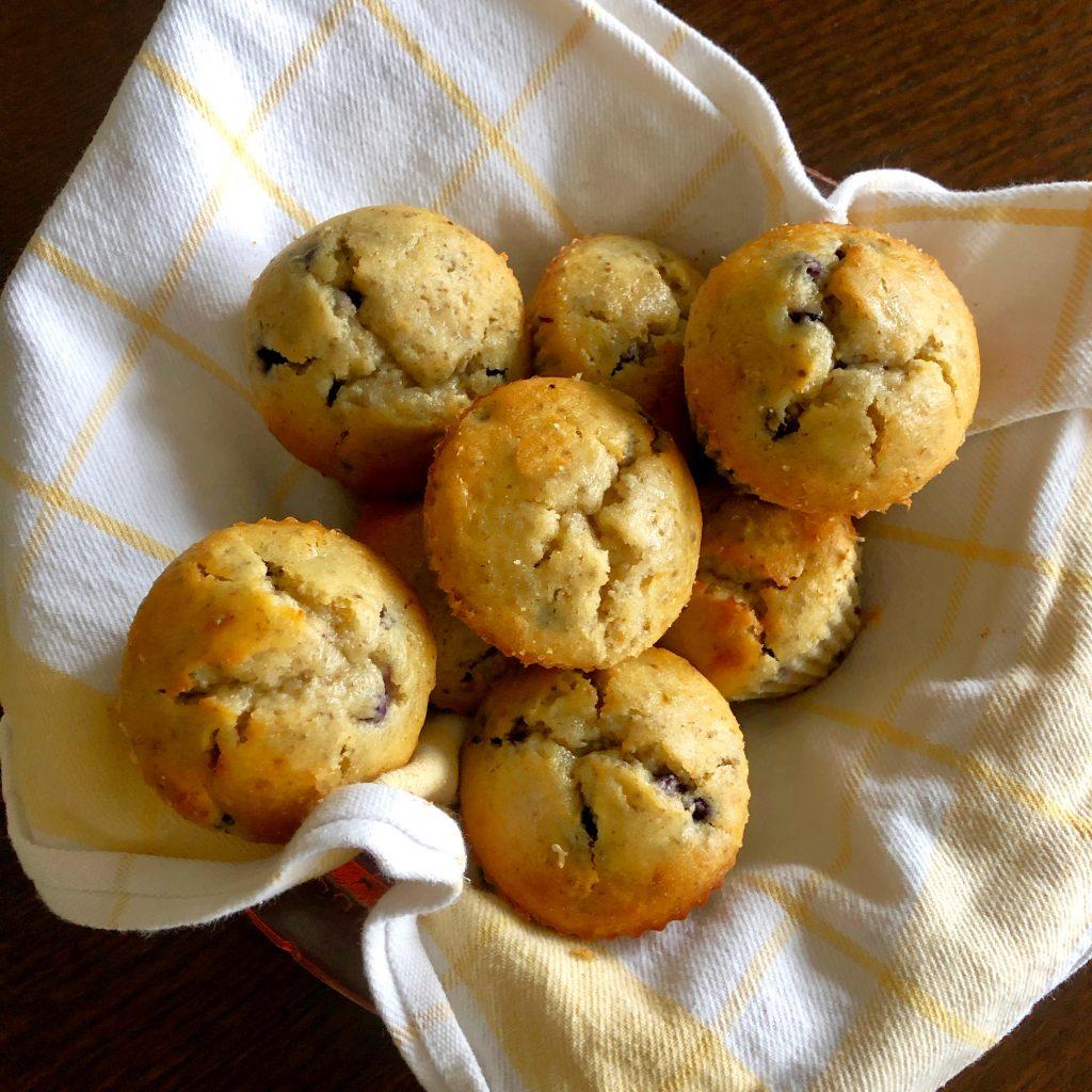 muffins-in-basket