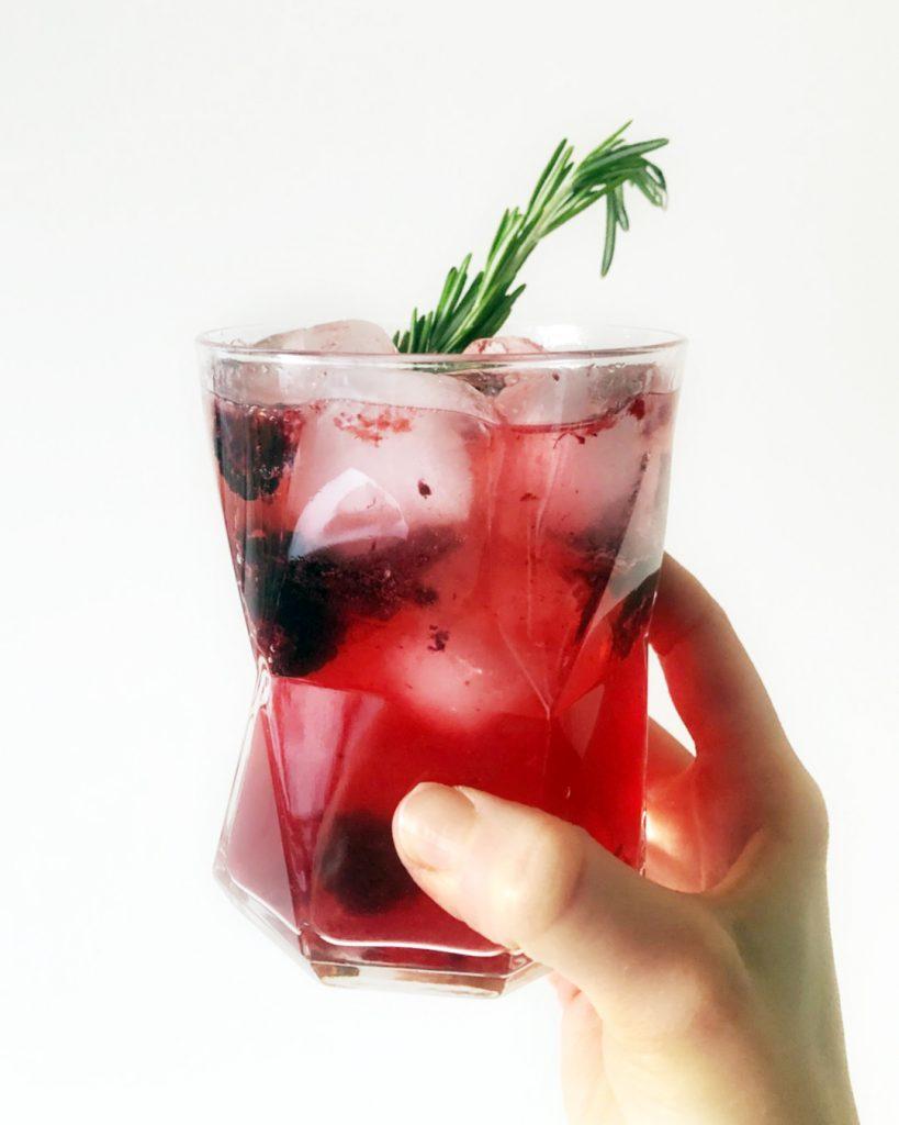 allulose-blackberry-mocktail